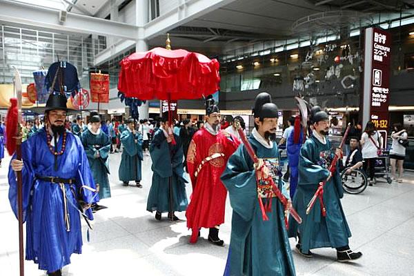 atraksi budaya Kerajaan Korea di Incheon Airport
