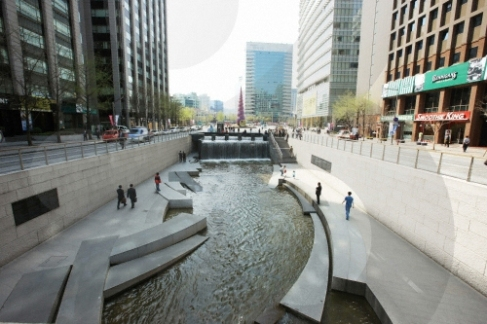 Chyeonggyecheon Stream