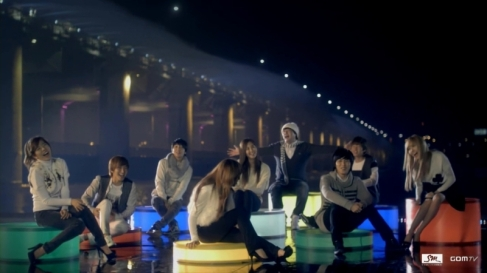 SuJu & SNSD at Hangang River Park for Seoul Song
